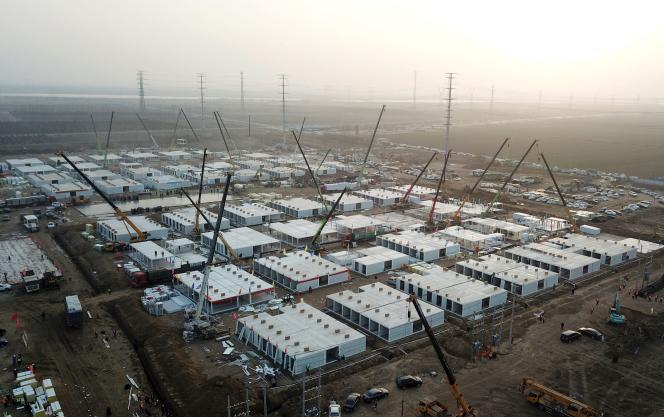 Vue aérienne des installations de quarantaine en cours de construction, à Shijiazhuang, le 16 janvier 2021.